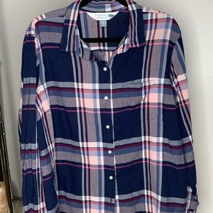 """Old Navy """"The Classic Shirt"""""""